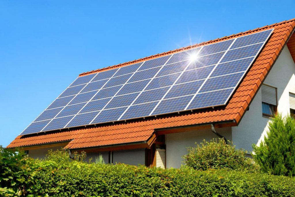 Benefits of solar battery storage for homes